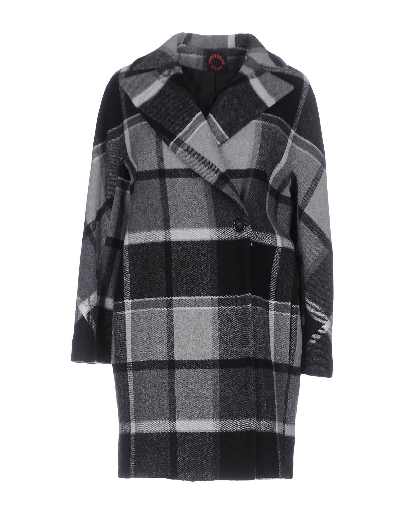 купить VAPOFORNO MILANO Пальто по цене 12750 рублей