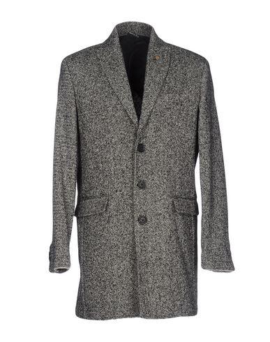 Пальто от A:F DESIGN