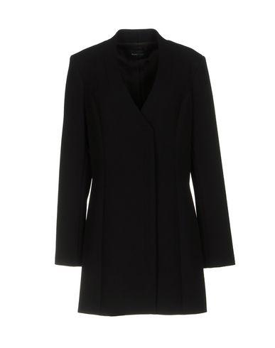 цена  GUESS BY MARCIANO Пальто  онлайн в 2017 году