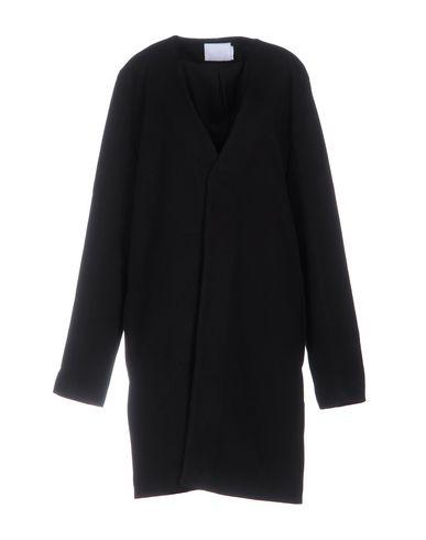 Легкое пальто от ADYN