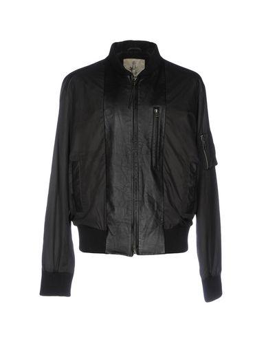 Куртка от BOLONGARO TREVOR