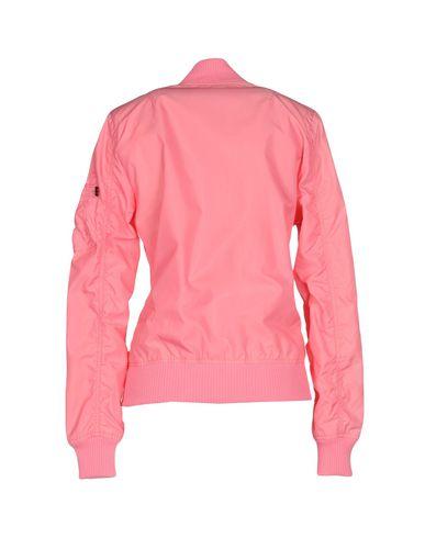 Фото 2 - Женскую куртку ALPHA INDUSTRIES INC. цвета фуксия