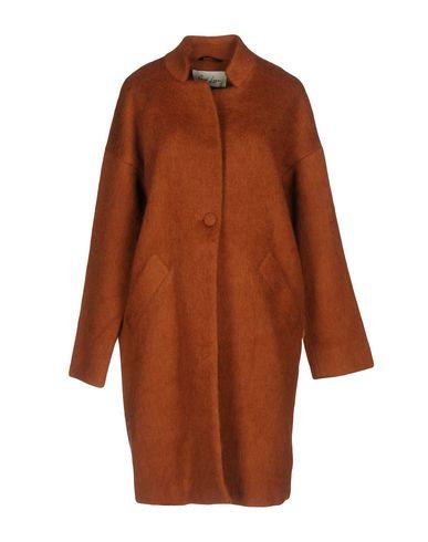 Пальто от AND LESS