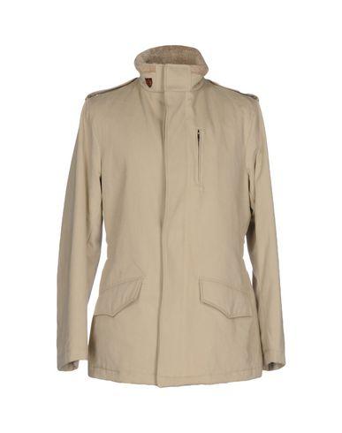 Пальто от AQUARAMA