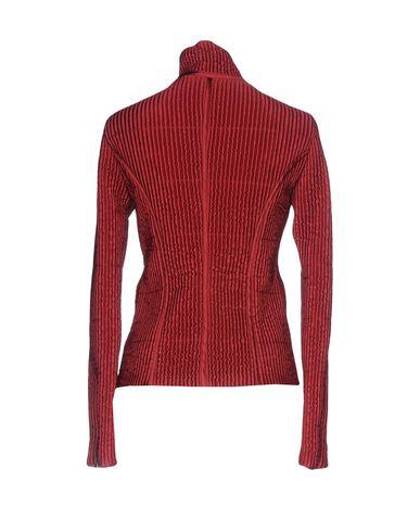 Фото 2 - Женскую куртку  красно-коричневого цвета
