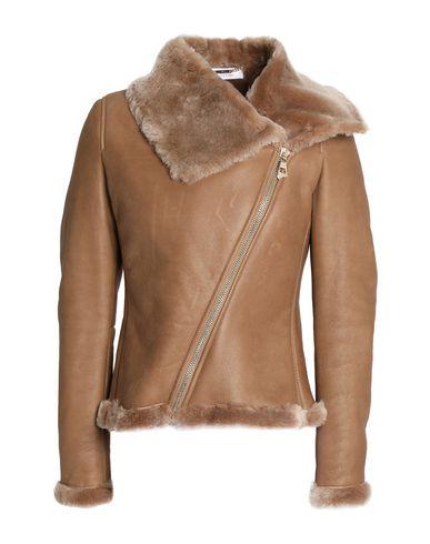 Фото - Женскую куртку  цвет верблюжий