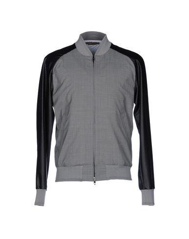 Куртка от FUTURO