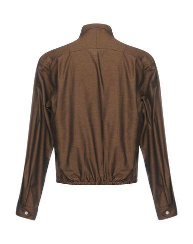 Фото 2 - Мужскую куртку  темно-коричневого цвета