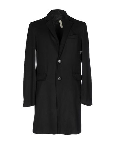 Легкое пальто от DONVICH