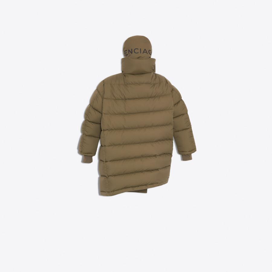 BALENCIAGA Pulled Puffer Jacket Coats Woman d