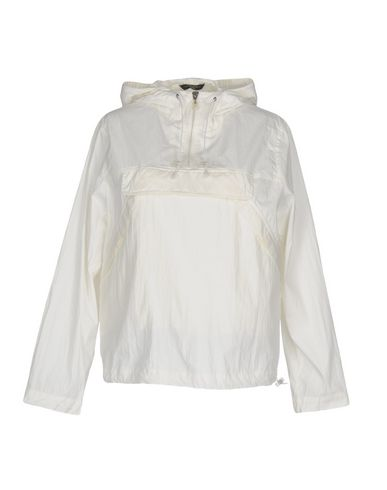 Куртка от WEEKEND MAX MARA