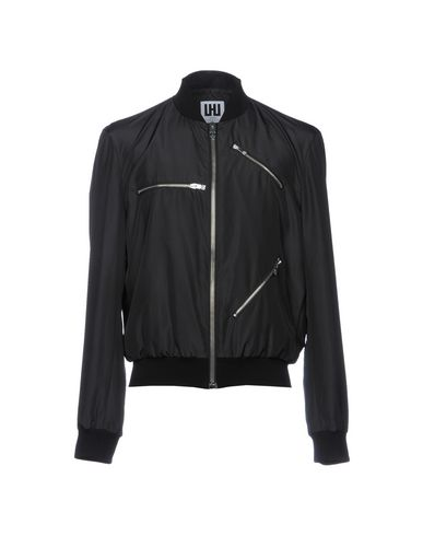 Фото - Мужскую куртку URBAN LES HOMMES черного цвета