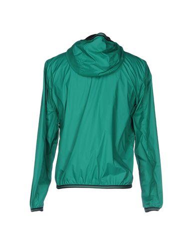 Фото 2 - Мужскую куртку  изумрудно-зеленого цвета
