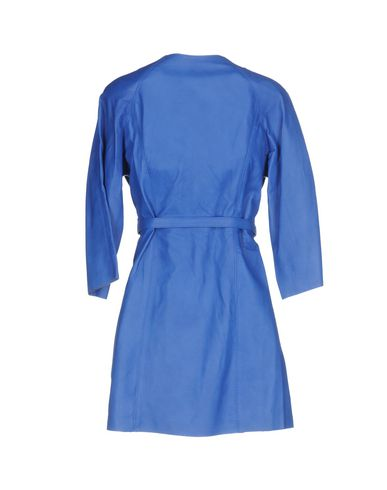 Фото 2 - Легкое пальто от STREET LEATHERS синего цвета
