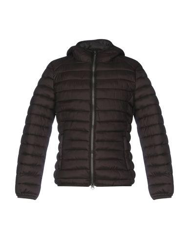 Купить Мужскую куртку  темно-коричневого цвета