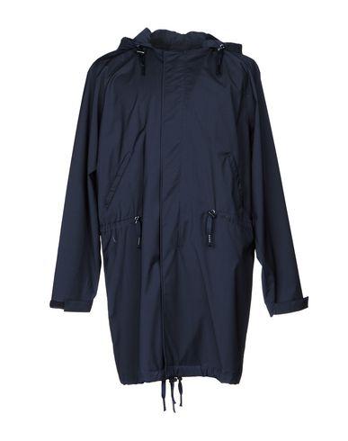 Фото - Мужскую куртку BRIAN DALES темно-синего цвета