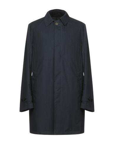 Легкое пальто от HEVÒ