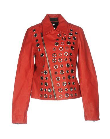 Фото - Женскую куртку RTA красного цвета