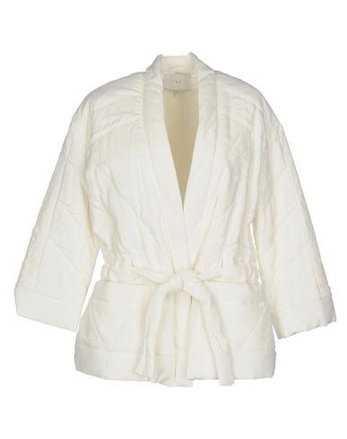 Купить Женскую куртку  белого цвета