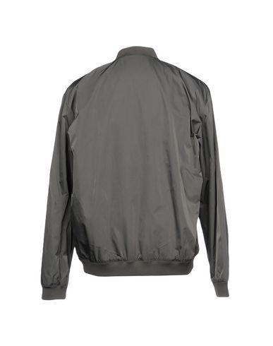Фото 2 - Мужскую куртку  серого цвета