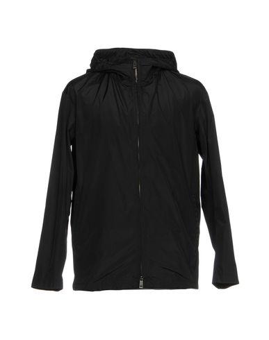 Фото - Мужскую куртку  черного цвета