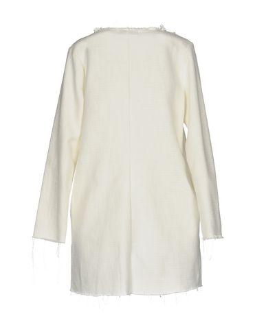 Фото 2 - Легкое пальто от ALPHA STUDIO белого цвета