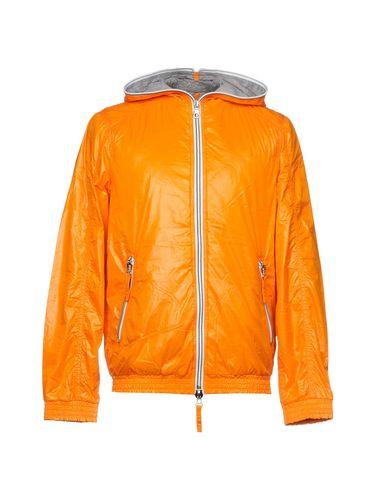 Фото - Мужской пуховик  оранжевого цвета