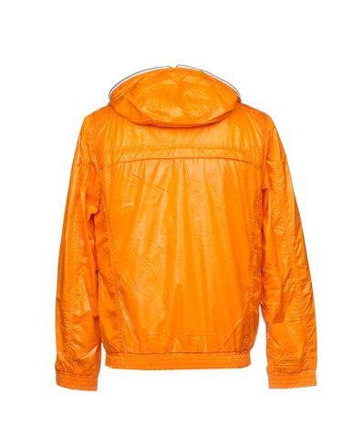 Фото 2 - Мужской пуховик  оранжевого цвета