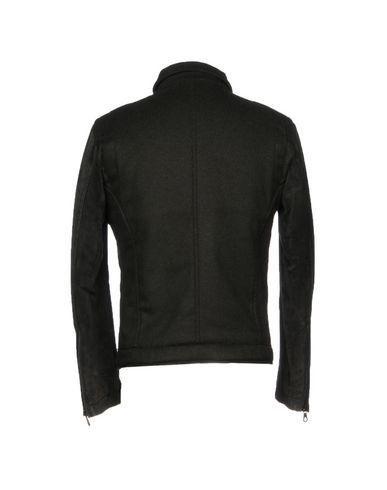 Фото 2 - Мужскую куртку  темно-зеленого цвета