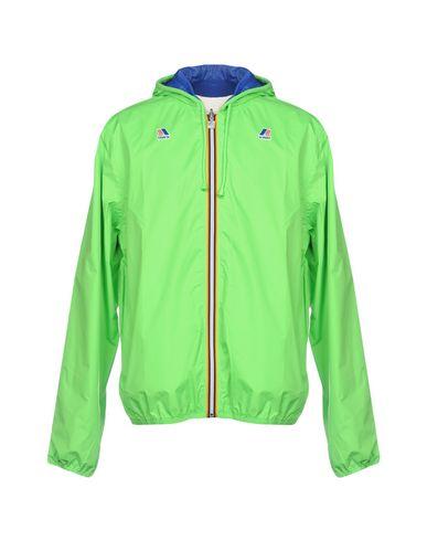 Фото - Мужскую куртку  светло-зеленого цвета