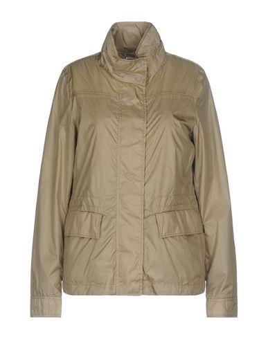 Фото - Женскую куртку  бежевого цвета