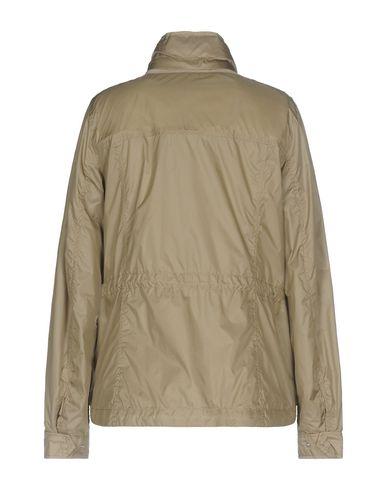 Фото 2 - Женскую куртку  бежевого цвета
