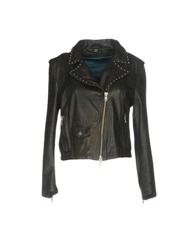 Фото - Женскую куртку MPD BOX черного цвета