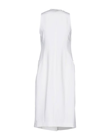 Фото 2 - Легкое пальто белого цвета