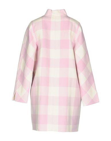 Фото 2 - Женское пальто или плащ  розового цвета