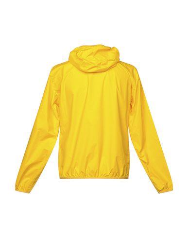 Фото 2 - Мужскую куртку  желтого цвета