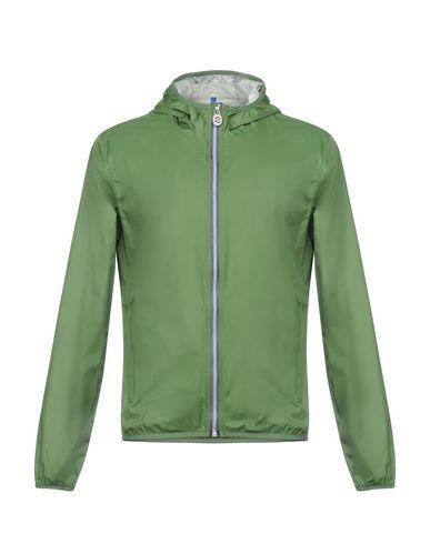 Фото - Мужскую куртку  зеленого цвета