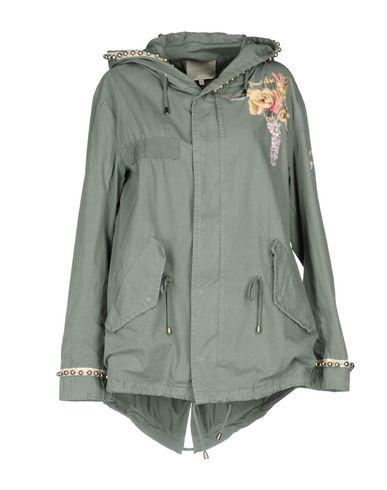 Фото - Женскую куртку  свинцово-серого цвета
