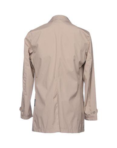 Фото 2 - Легкое пальто от AT.P.CO бежевого цвета