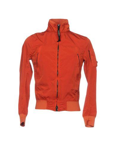 Фото - Мужскую куртку  ржаво-коричневого цвета