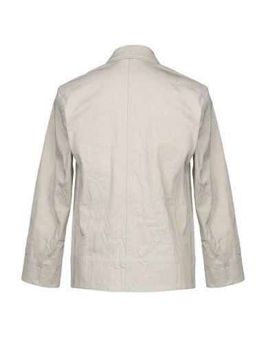 Фото 2 - Легкое пальто бежевого цвета