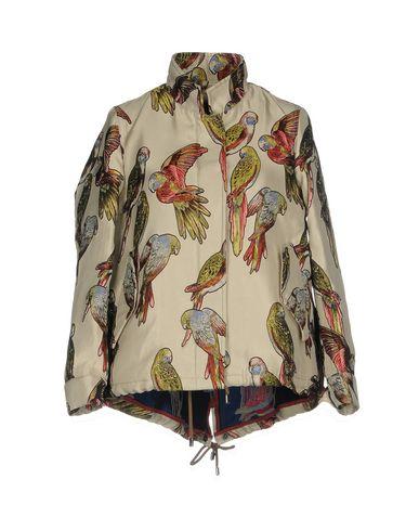 Фото - Женскую куртку BOTTEGA MARTINESE бежевого цвета