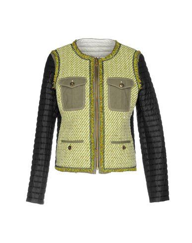 Фото - Женскую куртку FAY цвет зеленый-милитари