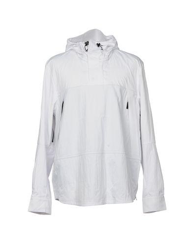 Купить Мужскую куртку THE NORTH FACE белого цвета