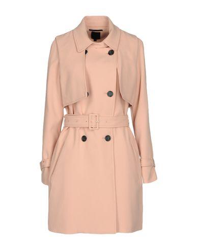 Фото - Легкое пальто розового цвета