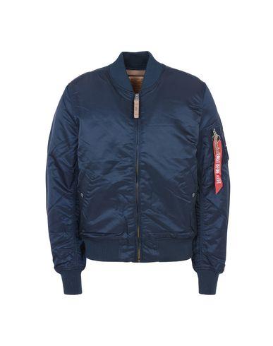 Купить Мужскую куртку ALPHA INDUSTRIES INC. темно-синего цвета