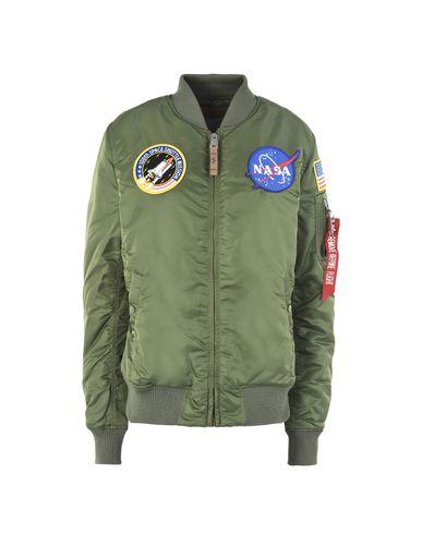 Фото - Женскую куртку ALPHA INDUSTRIES INC. цвет зеленый-милитари