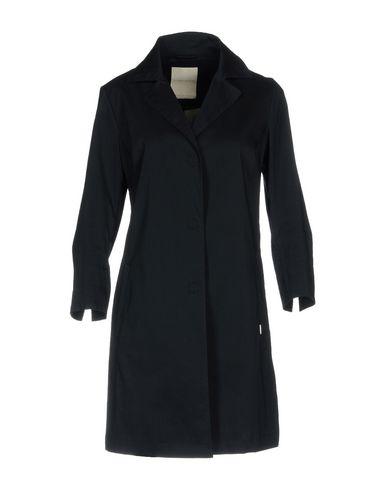 Фото - Легкое пальто темно-синего цвета
