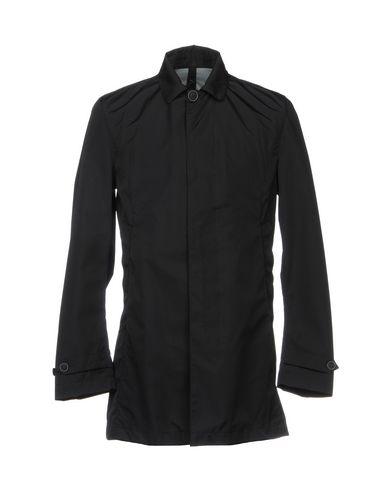 Легкое пальто от AVIGNON