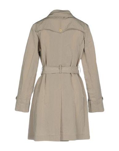 Фото 2 - Легкое пальто от AGLINI серого цвета
